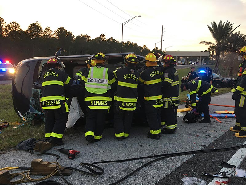4 Family Members Killed After Pickup Truck Rear-Ends Van Near Disney World